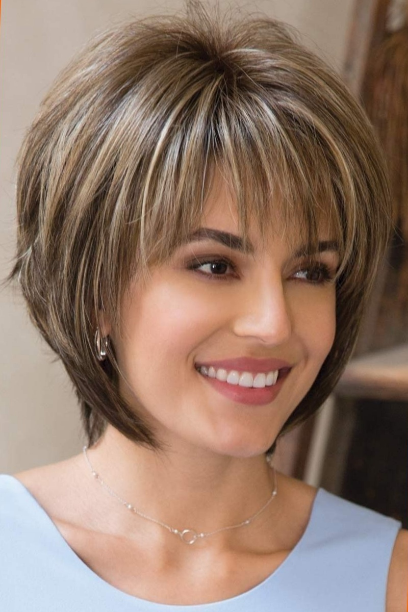 13 Flattering Short Hairstyles For Thick Hair